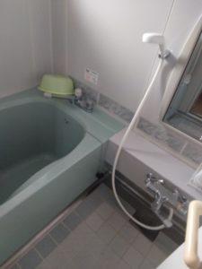 お風呂の排水水漏れ
