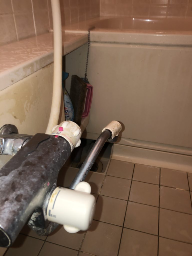 土浦市で浴室蛇口の水漏れ修理を行いました。