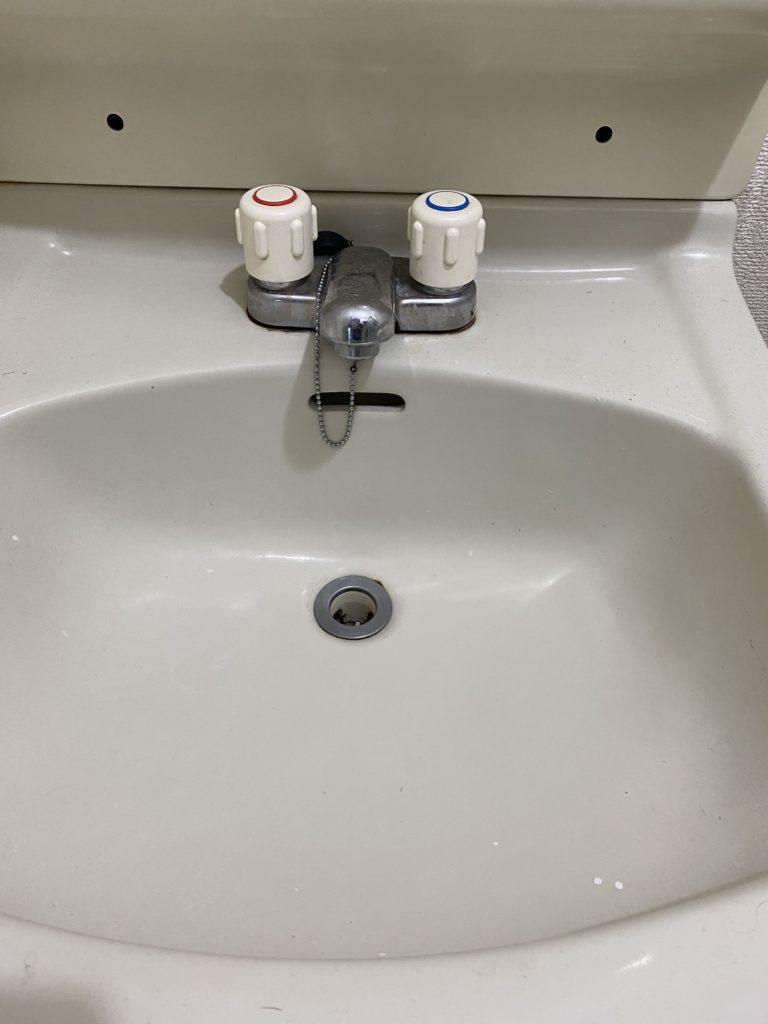 古河市で洗面の水漏れ修理を行いました。