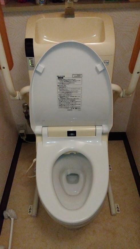 茨城県土浦市でトイレの水漏れ修理を行いました。